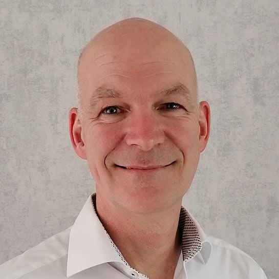 Dr. Ralf Möller – Produktmanager Bläueschutz und Tauchverfahren